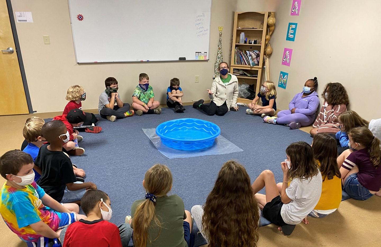 Elementary School Circle