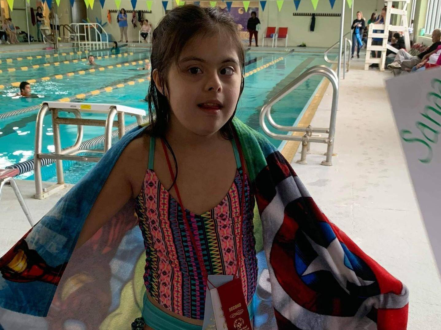 Student at the swimming pool